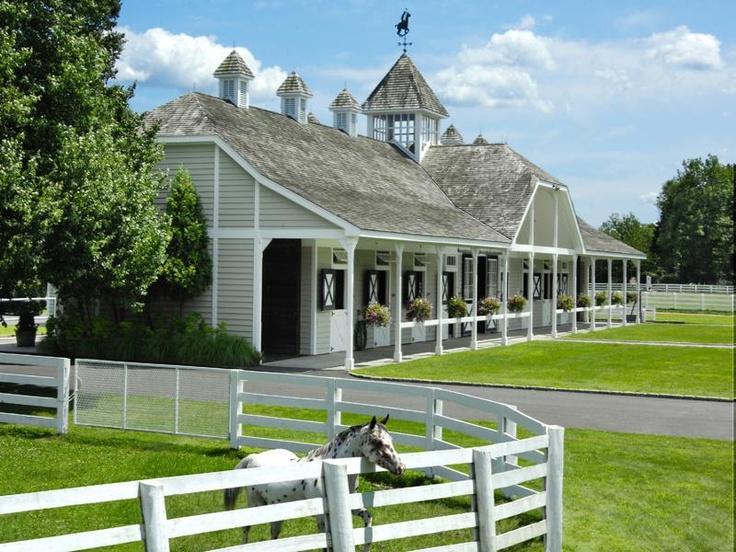 MUST SEE: 10 boerderijen die zo uit een paardenfilm lijken te komen
