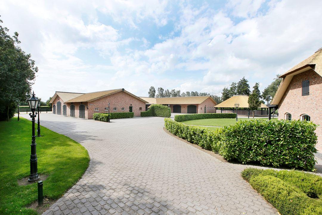 STABLE STYLE: Dit droomhuis voor paardenliefhebbers staat te koop!