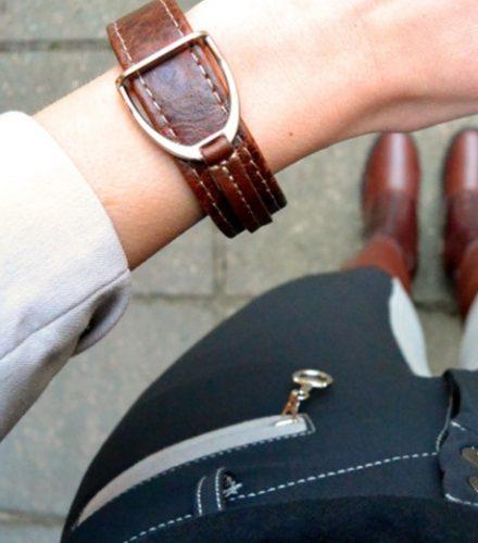 Armband met stijgbeugel