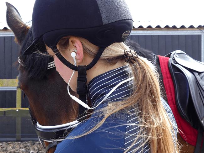 MUSTHAVE: De perfecte (draadloze!) oordopjes voor ruiters