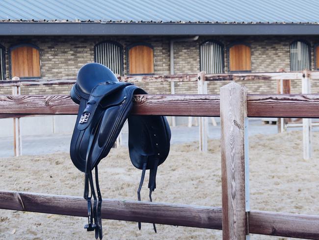 SHOPPING GUIDE: 9x singels voor gevoelige paarden