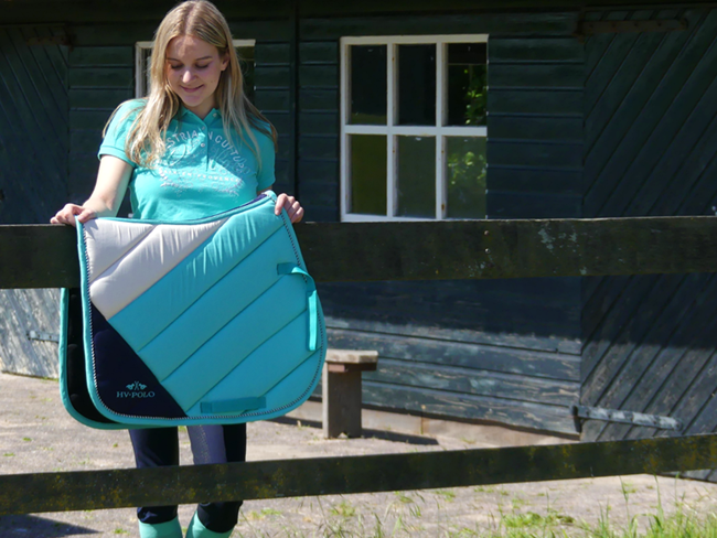 RIDING OUTFIT OF THE DAY: Zomers & fris turquoise (+ heel leuke giveaway!)